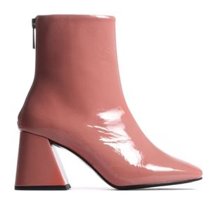 L'intervalle Pink Patent Leather Nantes Boots